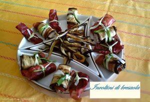 Menù di Natale: antipasti, aperitivi, fingerfood. Involtini di Bresaola, Zucchine e Tosella