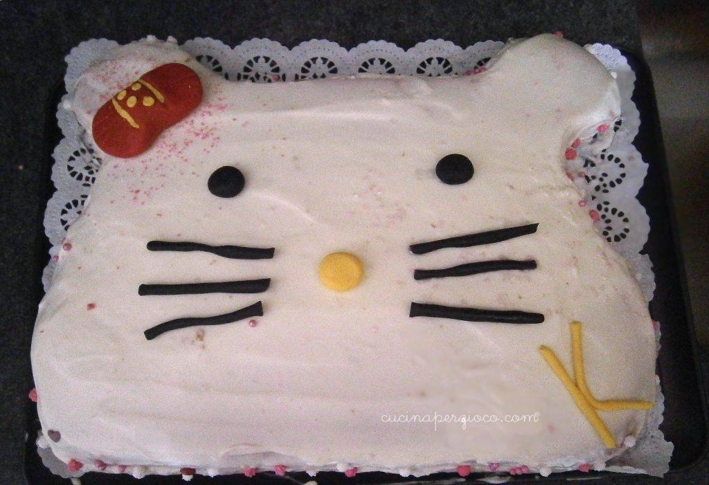 Torta Hello kitty passo passo