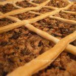 Torta salata funghi e salsiccia