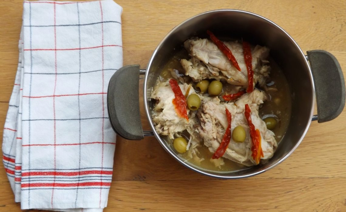 Su Conillu a succhittu, coniglio in tegame tipico della cucina sarda.