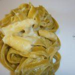 Fettuccine agli spinaci con crema di asparago bianco di Bassano dop e taleggio