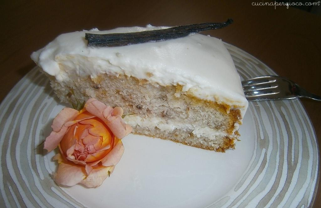 White rose cake, torta alle rose: la fetta