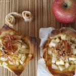 Cestini di pasta phillo con mele e formaggio