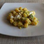 Gnocchi di patata con zucchine, mandorle tostate e Morlacco del Grappa