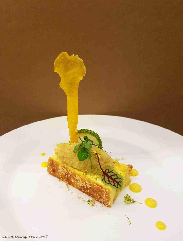 Risotto al radicchio e un menù antispreco a il territorio in un boccone: Baccalà mantecato alla venez iana con tortino di pane raffermo e crik crok di polenta