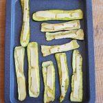 Spiedini di zucchine e peperoni al formaggio, preparazione zucchine
