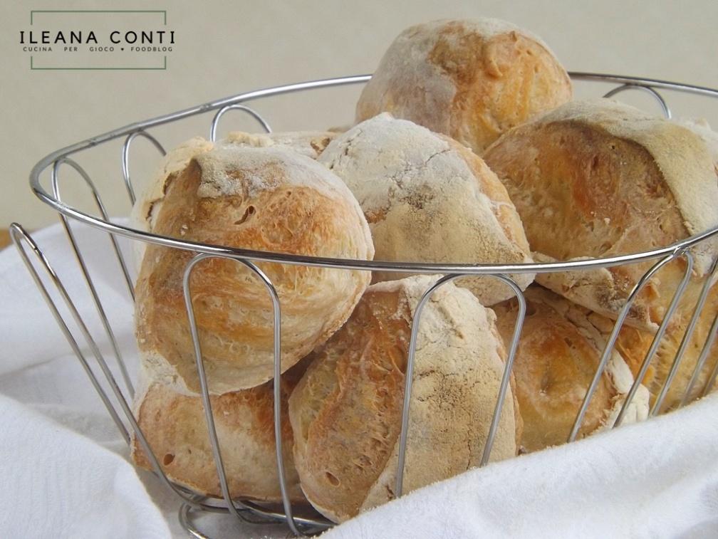 Cazzottini di Prato, ricetta dei cazzottini di pane pratesi