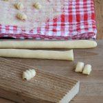 Malloreddus ai carciofi spinosi sardi dop: preparazione malloreddus