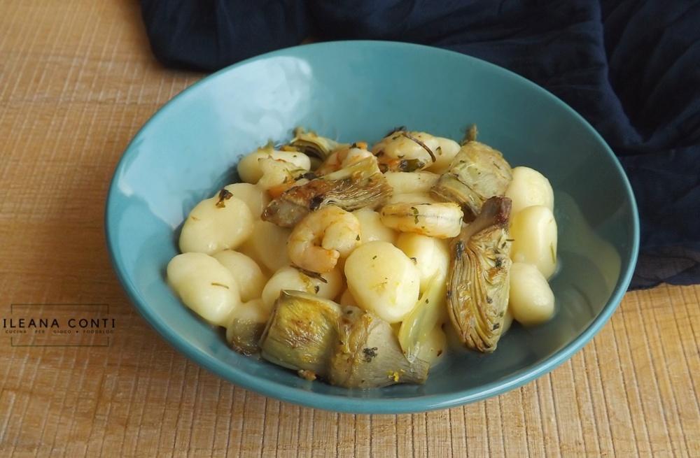 Gnocchi di patate con carciofi e gamberi