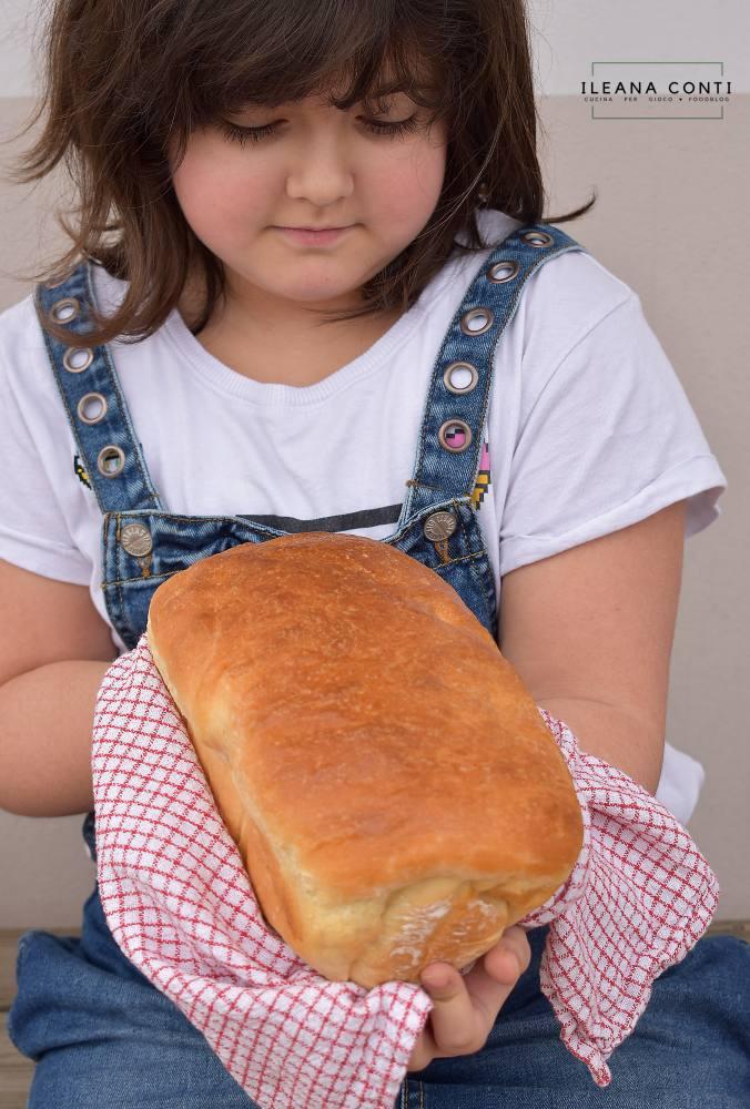 Pan Bauletto con metodo tang zhong perfetto per tramezzini o toast o per la colazione